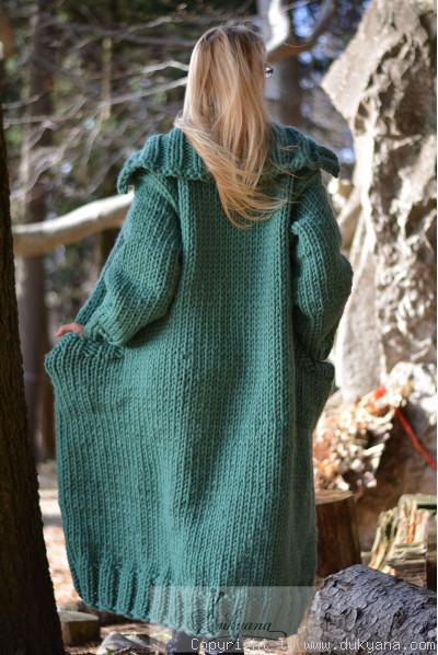 Pure wool chunky unisex collared cardigan in jade green