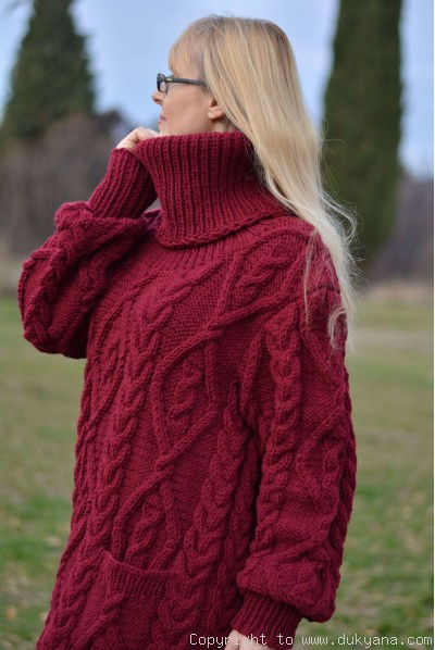 Soft merino blend T-neck cabled dress knitted in red