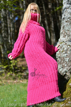 Hand knitted chunky merino blend long T-neck sweater dress in fuchsia