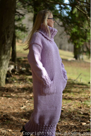 Chunky merino blend long T-neck sweater dress in violet