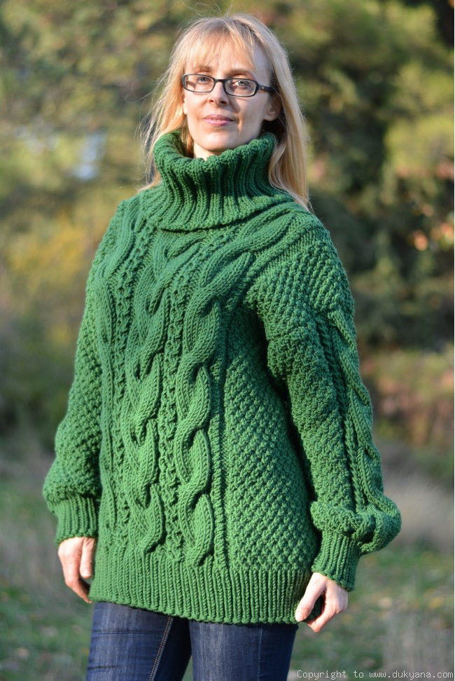 e945f8dd5f102f On request Hand knitted merino blend T-neck cabled wool sweater in green
