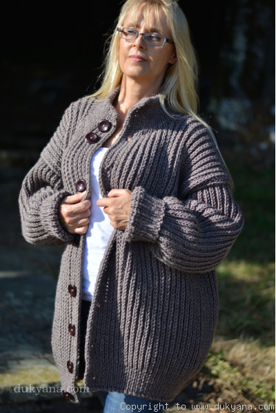 Mens wool cardigan knitted in light brown merino blend