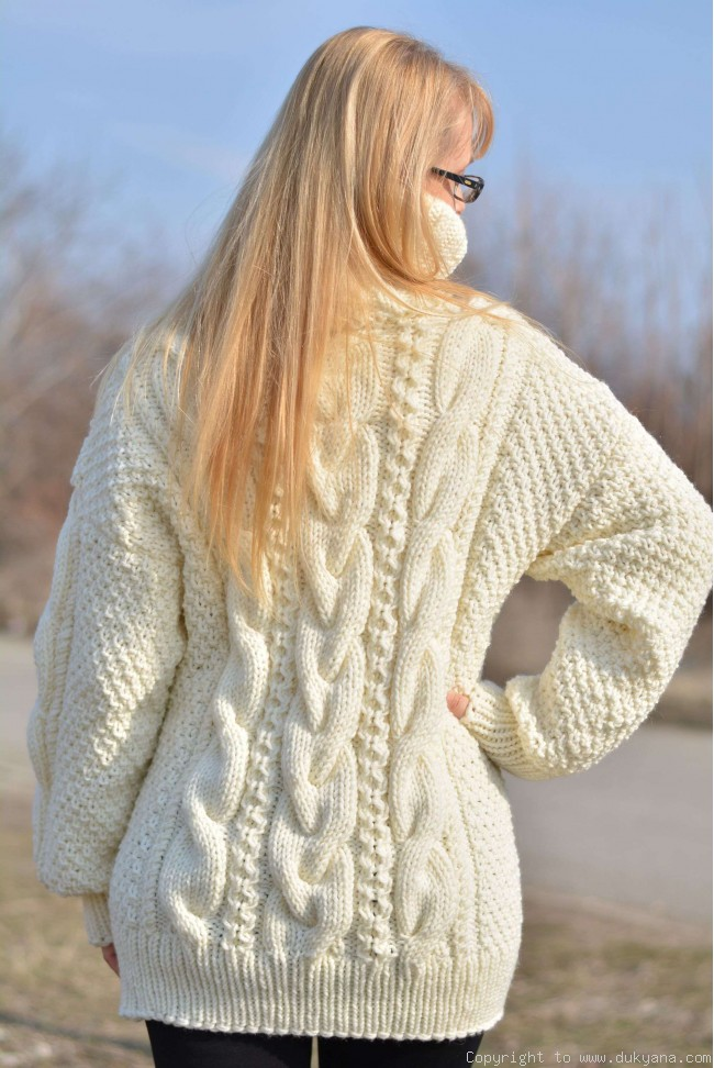d705548b2d95 Hand knitted merino blend T-neck cabled wool sweater in Ivory TM24