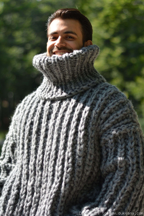 Hand knitted soft merino blend chunky Tneck sweater mens in gray