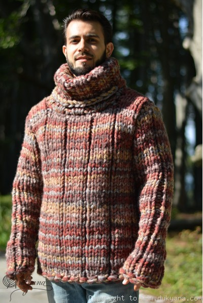 Chunky and soft merino blend Tneck mens sweater in autumn shades