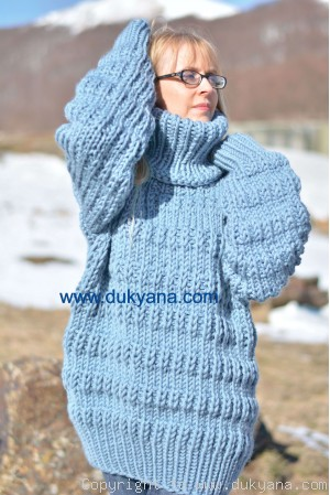 Knitted wool soft Tneck sweater in denim
