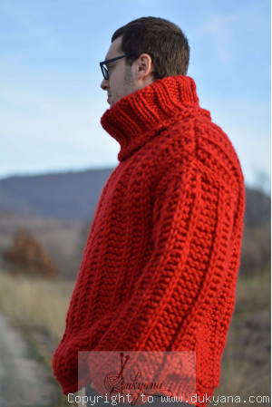 Chunky pure merino wool mens sweater in true red