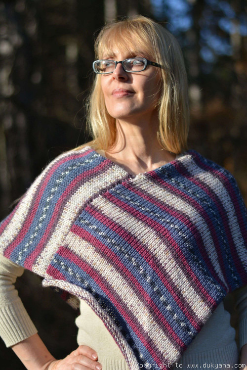 Knitted wool blend poncho in multi-colour