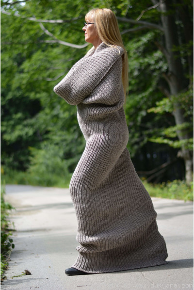 Wool huge tube scarf in beige