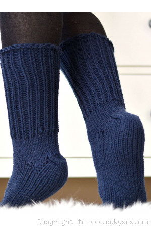 Handmade mens wool socks in navy blue