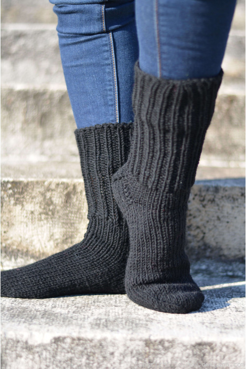 Handmade mens wool socks in black